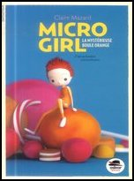 4_micro_girl_la_mysterieuse_boule_orange_1